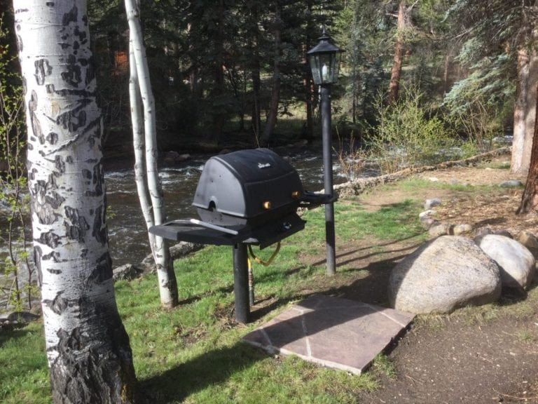 Grill in front